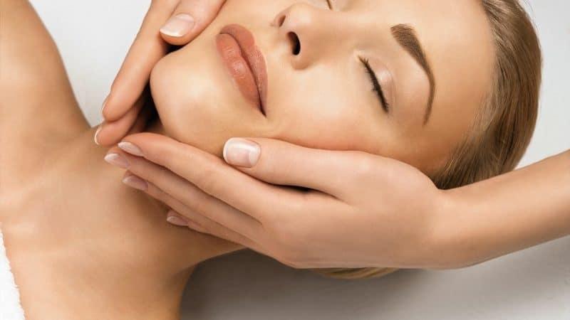 Подготовка кожи лица и шеи для массажа