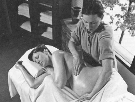 Массаж во время родов. 476
