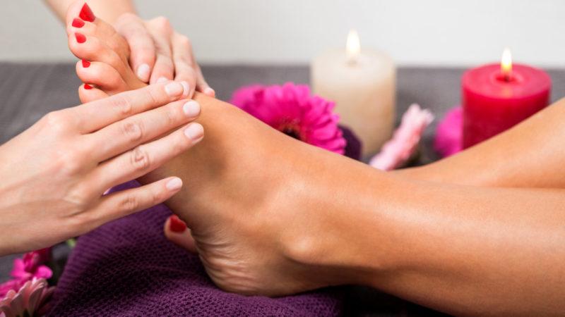 Какие проблемы можно решить благодаря массажу ног и рук?