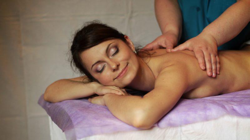Что следует ожидать от массажиста и массажа?